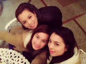 groupe-filles-phillipines